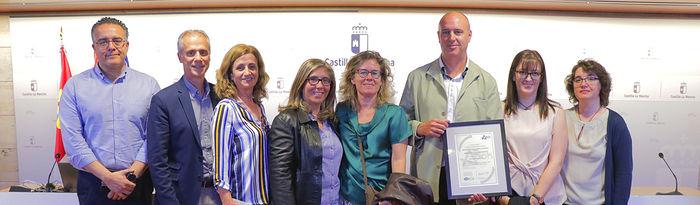 Integrantes del Servicio de Atención al Usuario y de la Dirección de la Gerencia de Atención Primaria de Toledo.