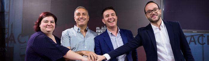Firma del acuerdo de investidura de la Diputación de Albacete