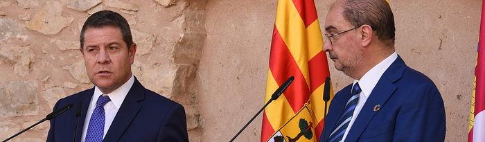 Rueda de prensa del presidente de Castilla-La Mancha, Emiliano García-Page, y el presidente de Aragón, Javier Lambán, sobre la reunión que han mantenido, en el Molino del Batán de Molina de Aragón, para abordar diversos temas de interés para ambas regiones. (Fotos: José Ramón Márquez // JCCM).