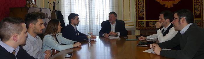 Reunión AJE - Ayuntamiento de Cuenca.
