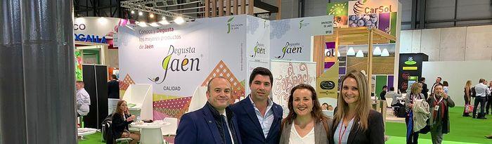 María Ángeles Rosado junto a compañeros de Andalucía.
