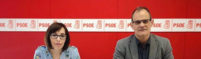 Manolo Serrano y Salud López.
