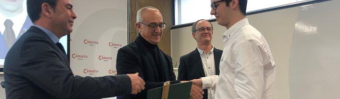 El delegado provincial de Educación participa en la entrega de diplomas a los 19 estudiantes del Bachillerato Internacional de la promoción 2017-2019 del IES 'Carlos III' de Toledo.