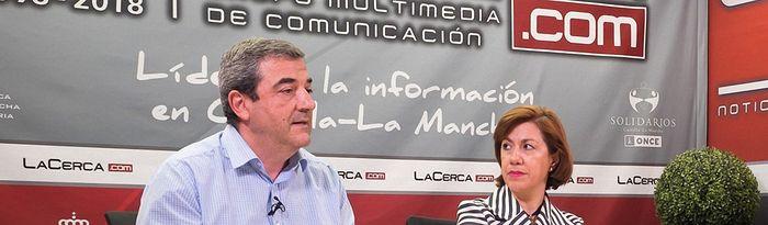 Cristina Gómez (d) y José Antonio Romero (i), presidenta y gerente del CERMI CLM respectivamente.