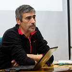 José Julio del Olmo en la presentación de la Plataforma Albacete Concejo Abierto en el Ateneo de Albacete