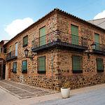 Casa con el arco situada en Torrenueva (Ciudad Real).