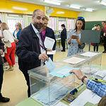 Alfonso Moratalla, candidato de Podemos a la alcaldía de Albacete, ejerce su derecho al voto en las Elecciones Europeas, Autonómicas y Municipales del 26M de 2019