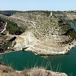 La ciudad de Albacete se abastece normalmente de las aguas del Pantano de Alarcón, procedentes del río Júcar.
