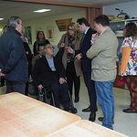 Paco Núñez visita el centro de COCEMFE en Albacete.