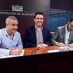 Presentación del acuerdo de presupuestos de la Diputación de Albacete entre PSOE y Unidas Podemos-IU. Foto: Manuel Lozano Garcia / La Cerca