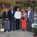 La consejera de Bienestar Social de la JCCM, Aurelia Sánchez, visita el stand de Asprona en el Recinto Ferial de Albacete. Foto: La Cerca - Manuel Lozano Garcia