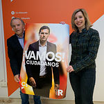 Los candidatos de Ciudadanos por Albacete, durante la tradicional Pegada de Carteles de las Elecciones Generales del 28A