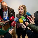 María Dolores Arteaga, candidata al Congreso por Ciudadanos en Albacete, durante la tradicional Pegada de Carteles de las Elecciones Generales del 28A