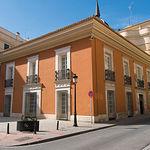 Casa Perona, con el detalle de su cúpula, sede del Defensor del Pueblo de CLM en Albacete.