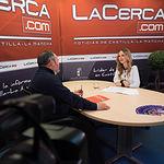 Carlos Pedrosa, secretario regional de UGT en Castilla-La mancha, junto a la periodista Miriam Martínez