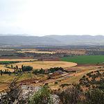 Una gran parte de la finca está dedicada a la agricultura; en ella se siembran cebada, trigo, avena y praderas artificiales.