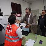 El consejero de Sanidad, Jesús Fernández Sanz, realiza una visita al Punto de Atención Continuada de la Feria de Albacete, en el Colegio Feria.