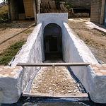En Villacañas (Toledo), se pueden contemplar sus famosos silos, viviendas subterráneas excavadas en la tierra.