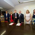 Firma del acuerdo de gobernabilidad entre PSOE y Ciudadanos para la alcaldía de Albacete