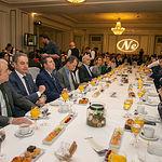 El presidente de Castilla-La Mancha, Emiliano García-Page, asiste al desayuno informativo que organiza el Foro Nueva Comunicación, y que está protagonizado por Pedro J. Ramírez, presidente ejecutivo de EL ESPAÑOL. (Fotos: A. Pérez Herrera // JCCM).