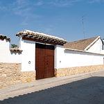 La arquitectura, típica manchega, constituye una seña de identidad del pueblo de El Toboso.