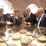 """Inauguración de la exposición """"aTempora Talavera. Seis mil años de cerámica en Castilla-La Mancha"""", organizada por la Junta de Comunidades a través de la Fundación Impulsa Castilla-La Mancha. (Fotos: José Ramón Márquez // JCCM)"""
