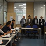 Patricia Franco mantiene un encuentro con los responsables del Centro de Formación Efinnova.