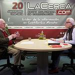 Nicolás Sartorius, abogado y cofundador de Comisiones Obreras, junto a Manuel Lozano, director del Grupo Multimedia de Comunicación La Cerca