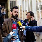 José Antonio Peñaranda, candidato número 3 de Unidas Podemos al Congreso por Albacete, atendía a los medios de comunicación después de ejercer su derecho al Voto.