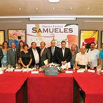Artistas y miembros del Jurado, posaron junto a Samuel Flores en la presentación de los I Premios Taurinos Samueles.