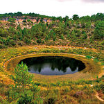 Las torcas son depresiones del terreno muy espectaculares, en la imagen, Torca del Lagunillo, en la Serranía de Cuenca.