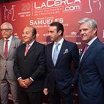 Manuel Lozano, director del Grupo Multimedia de Comunicación La Cerca, Samuel Flores, ganadero, Enrique Ponce, torero, y Juan Antonio Ruiz Espartaco, torero, en la gala de entrega de los XI Premios Taurinos Samueles correspondientes a la Feria de Taurina de Albacete 2016