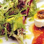 El aceite de oliva está muy presente en la dieta mediterránea, formando parte de la gastronomía de C-LM.