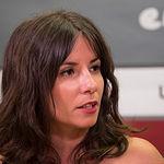 Julia Arteaga, Dueña de la Academia de Yoga 'Yoguineando' y autora del libro 'Yoga con Humor', Ganadora de la V edición del programa Sherpa