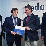 El ministro Álvaro Nadal comparte con los empresarios de Albacete los grandes retos a afrontar en materia de Energía, Agenda Digital y Turismo