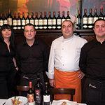 La vocación de servicio constituye la filosofía de los grandes profesionales que forman parte del Restaurante Birubi.