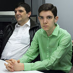 Antonio Belmonte junto a su padre.