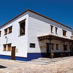 """La familia Castiblanque adquirió y restauró una antigua bodega en Campo de Criptana (Ciudad Real), innaugurada en 1.865, con el nombre """"El Montañes""""."""