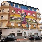 Edificio de apartamentos para turistas en el barrio San Antonio Abad de Albacete