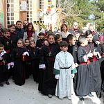 El alcalde, Manuel Serrano, ha asistido a la procesión infantil del Lunes Santo en Albacete junto a las ediles María Gil y Mª Ángeles Martínez