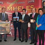 El ganadero Victorino Martín recibe el IX Premio Samueles al Toro más Bravo.