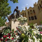 Monumento a Dámaso González