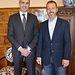 Álvaro Gutiérrez con el alcalde de Yuncler, Luis Miguel Martín