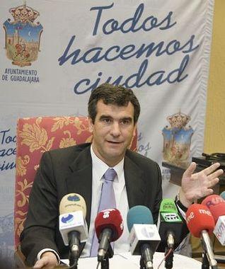 Antonio Román, alcalde de Guadalajara