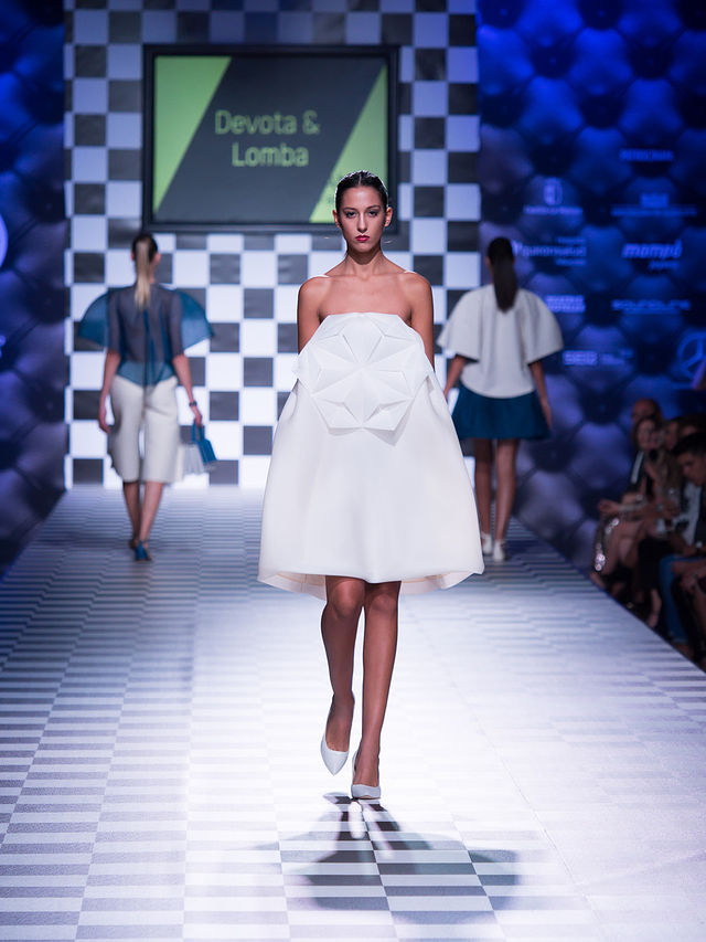 Desfile de Devota & Lomba en el III AB Fashion Day