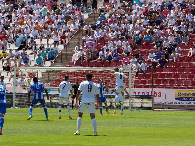 Imagen de archivo del partido entre el Albacete Balompié y el  Atlético Baleares, último de la temporada jugado en el estadio Carlos Belmonte.