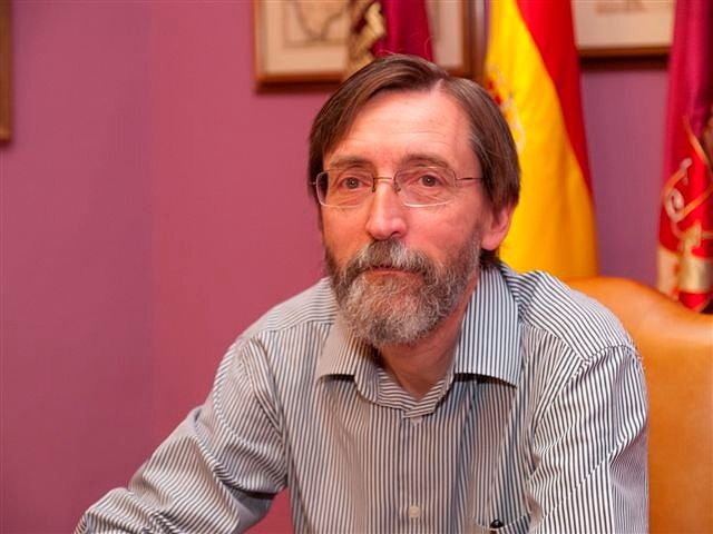 Luis Guillermo García-Saúco Beléndez, vicedirector del I.E.A. y presidente de la sección de Bellas Artes.