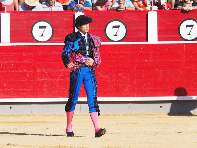 Sebastián Castella haciendo el paseillo en Albacete - Corrida del 10-09-16