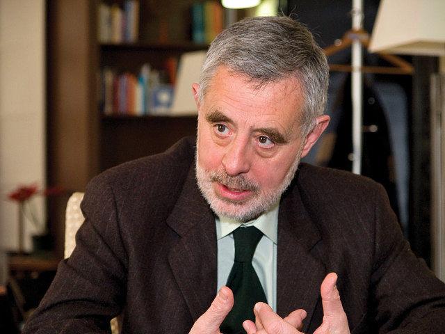 Para el Defensor del Pueblo, José Manuel Martínez, la Ley de Dependencia es también un soporte para la igualdad.