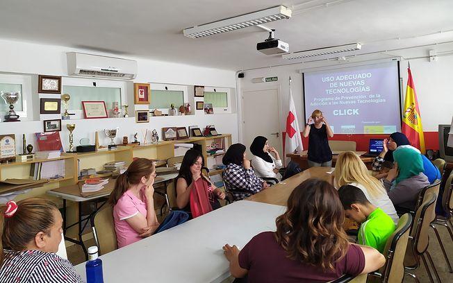 Finaliza la primera fase de la 'Escuela de padres y madres 2019' en Cruz Roja Española- Valdepeñas.